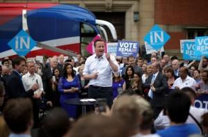 David Cameron, Premier Ministre chef de file du camp « IN » pour que le Royaume-Uni reste dans l'UE.