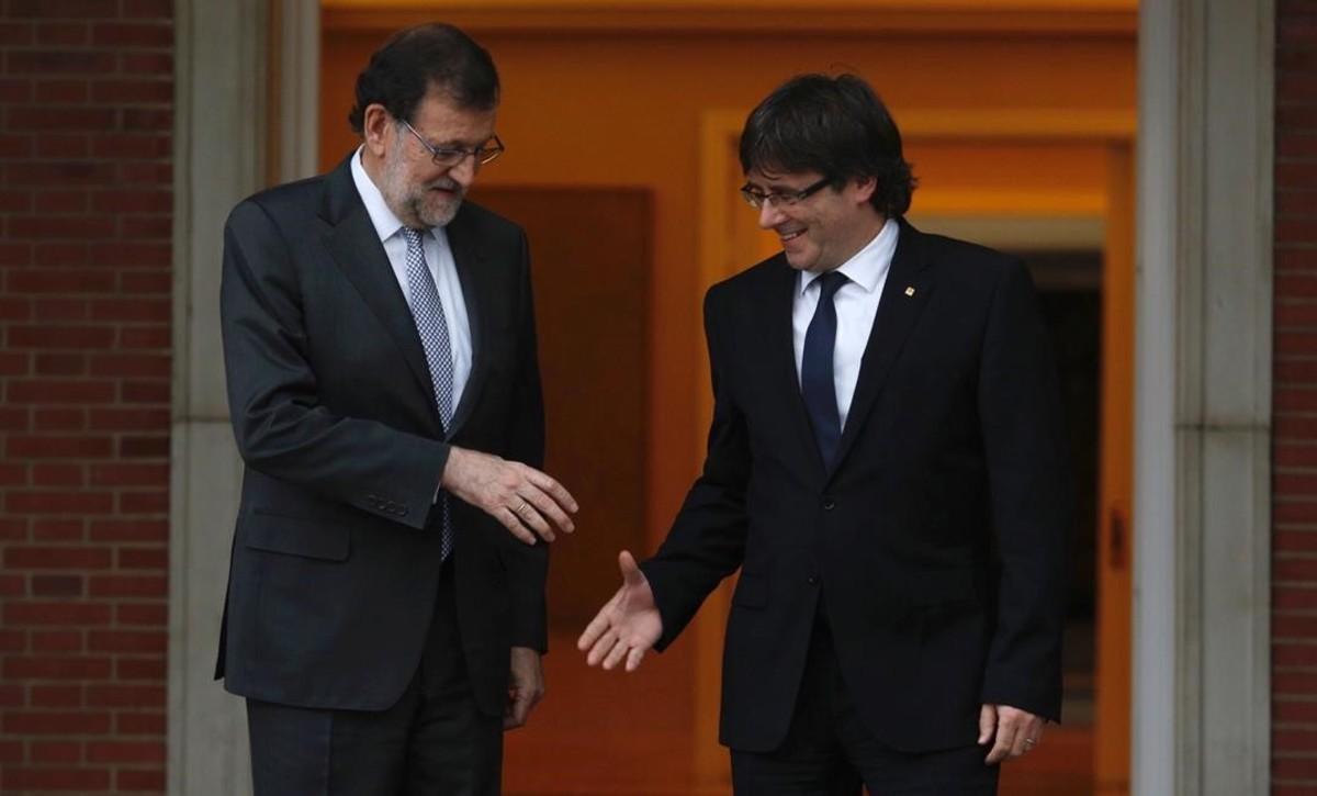 Entre Mariano Rajoy et Carles Puigdemont, la tension est à son paroxysme